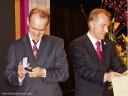 Brackenheim: Bürgermeister Kieser dankt mit einer Piemont-Reise und der Goldenen Verdienstmedaille von Brackenheim.